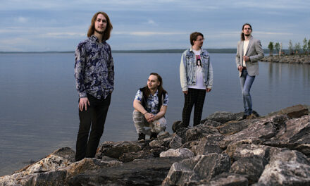 Finnish External fuses modern pop and low-tuned progmetal with a Björkesque glow